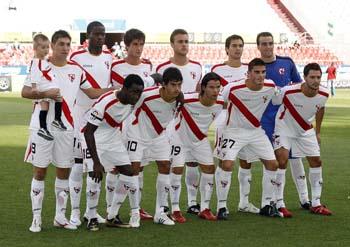 Plantilla del Sevilla Atlético, un recién descendido a los campos de Segunda División B