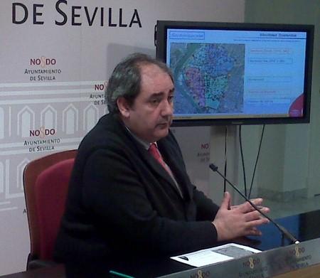 Francisco Fernández, delegado de Movilidad del Ayuntamiento de Sevilla, presentó este nuevo plan el lunes 15 de febrero