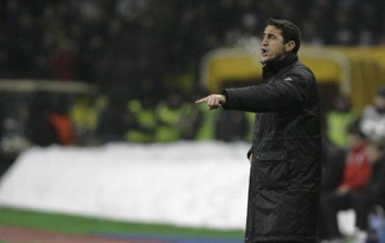 Manolo Jiménez dando indicaciones en el Olímpico Luzhnikí/SevillaFC