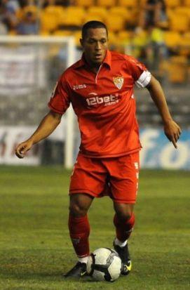 El jugador brasileño sólo piensa en la clasificación de Champions/SevillaFC