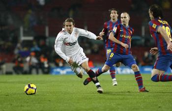 Imagen de un enfrentamiento entre ambos equipos durante esta temporada/SevillaFC