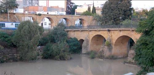 El Puente Romano de Alcalá perderá los acerados, las barandillas y el asfalto y será peatonal/SA