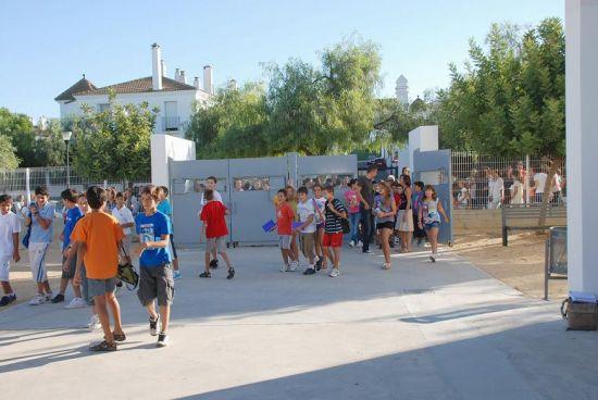 Casi 420.000 alumnos inician la vuelta al cole en toda la provincia