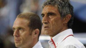 En la imagen Luis Tevenet y Antonio Álvarez/sevillafc