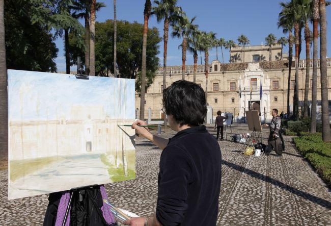 Los artistas han podido elegir entre pintar su exterior, o su interior