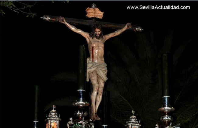 El Cristo de la Vera Cruz en su última procesión da imagen al cartel de la Semana Santa de Castilblanco 2011 / Sevilla Actualidad