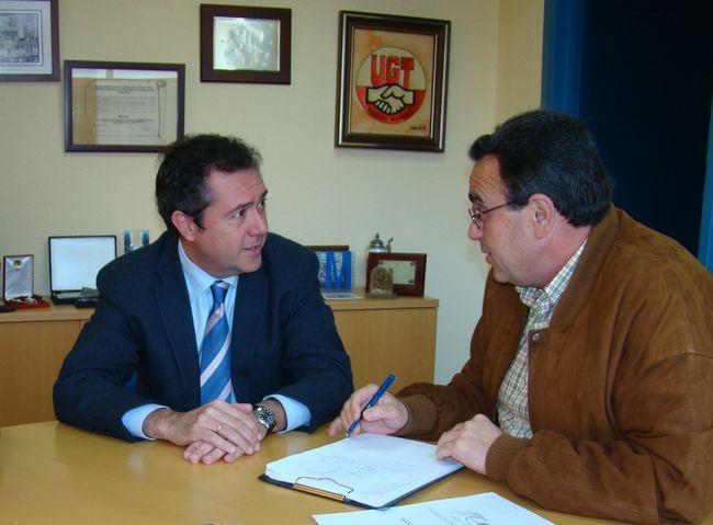 Juan Espadas y Juan Antonio Gilabert, esta mañana en Sevilla/SA