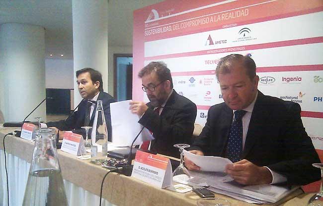 González, Manfredi y Borrero esta mañana en la presentación del IV Foro TIC y Sostenibilidad