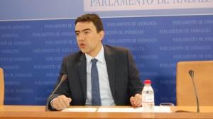 mario-jimenez-parlamento-280911