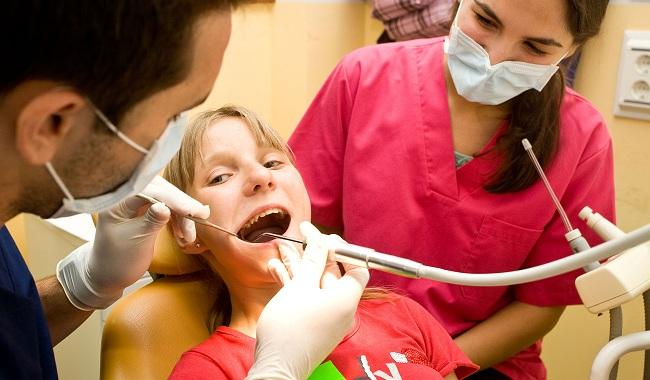 revision-dental-ninos-bielorrusos-odontologia-us-250612