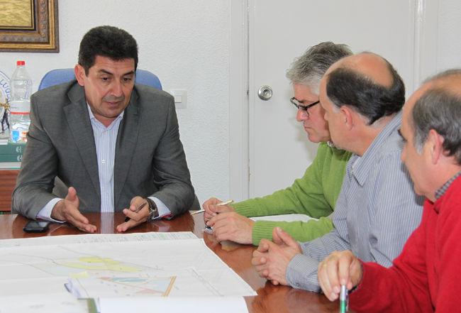 alcalde-antonio-maestre-reunion-medio-ambiente-240211