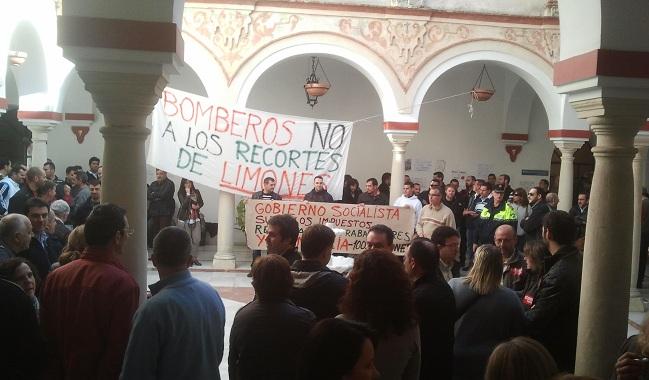 concentracion-trabajadores-ayuntamiento-161112