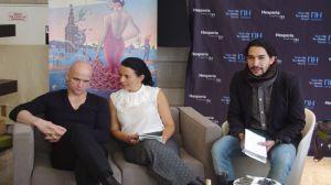 Hervé P. Gustave (a la izquierda) durante su rueda de prensa con los medios/Ángel Espínola