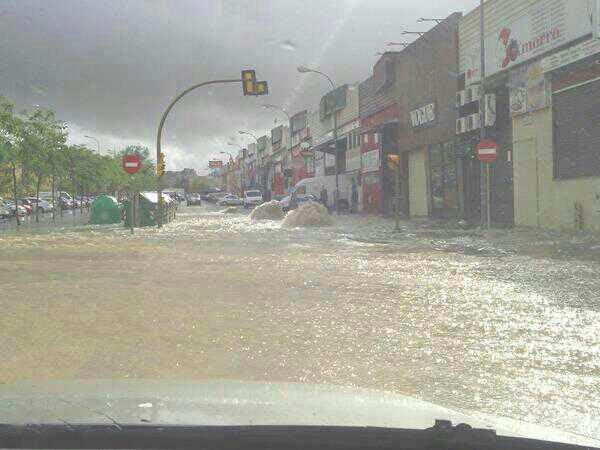 inundaciones-montequinto-041112