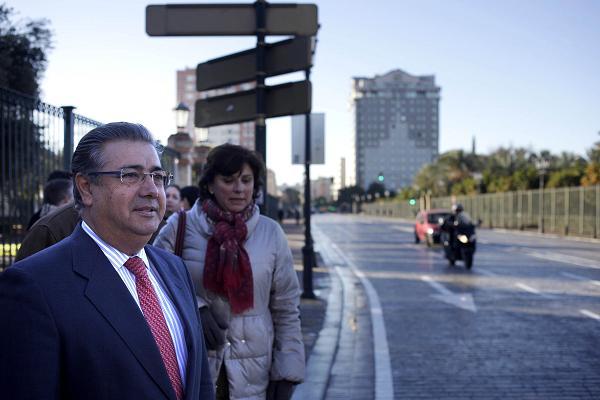 El alcalde, Juan Ignacio Zoido, durante la apertura del tráfico
