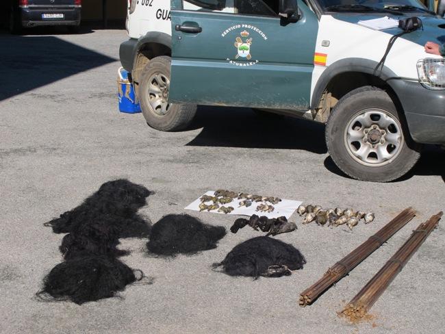 herramientas-caza-ilegal-aves-seprona