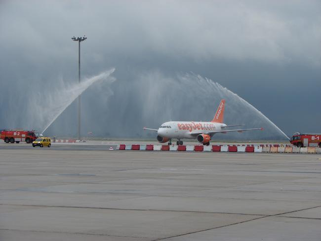 inauguracion-vuelo-sevilla-ginebra