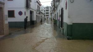 El arroyo Argamasilla ha inundado parte de Écija / Imagen: @ecijaldia (Twitter)