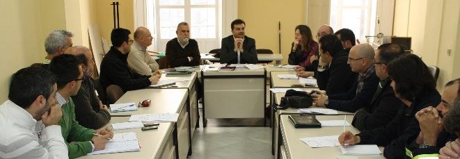 torrijos-iu-sindicatos-reunion-reforma-admon-local-sevilla