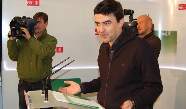 Mario Jiménez (PSOE) insta al Gobierno español a respetar a las instituciones andaluzas / Sevilla Actualidad