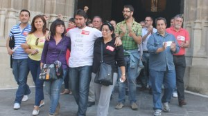 El acuerdo hace que se ponga fin al encierro en la catedral y a la huelga indefinida de los trabajadores de la cafetería del aeropuerto./Alejandro Copete