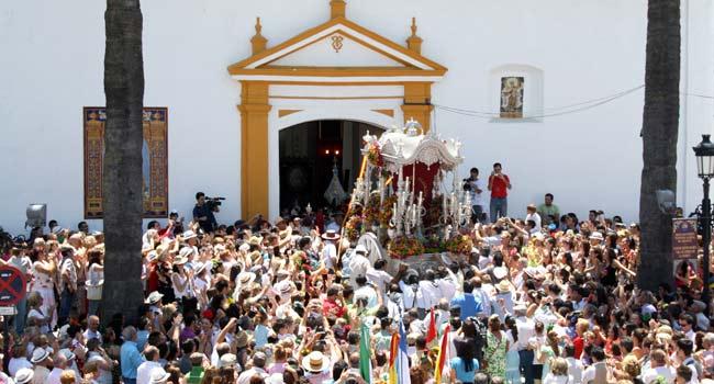 La presentación de las hermandades del Rocío en Villamanrique de la Condesa está declarada Fiesta de Interés Turístico de Andalucía / Sevilla Actualidad
