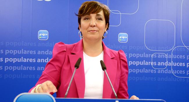 Ana María Corredera ha criticado el posicionamiento de la Junta de Andalucía ante el plan de Wert para reformar el sistema de acceso a las becas / Sevilla Actualidad