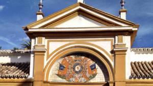 fachada-palacio-duenas
