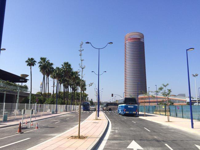 calles-torre-pelli -Alberto-Martin