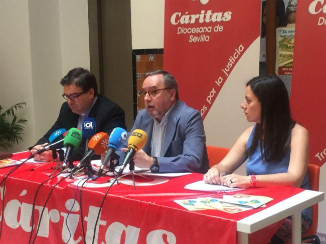 caritas-presentacion-memoria-2014