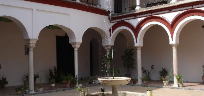 patio-interior-monasterio-san-clemente-oficial