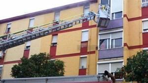 bomberos-incendio-brasero-calle-acuario