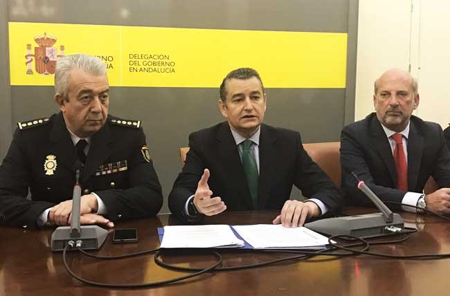 Antonio Sanz, esta mañana, durante la rueda de prensa