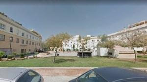 Plaza José Luis Vila / Google Maps