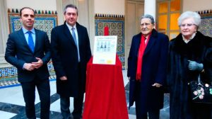 Firma del acuerdo con Mariano Belllver en la Casa Fabiola /Archivo