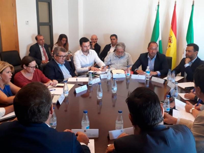 Reunión por la N-IV /Delegación del Gobierno