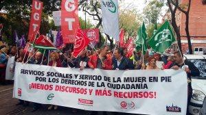 Concentración de los Servicios Sociales municipales /@Participasvq