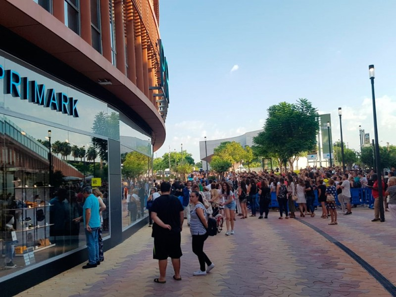 Centro comercial Torre Sevilla /SA