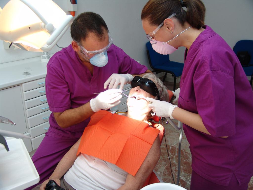 Dentista gratuito para mayores de 65