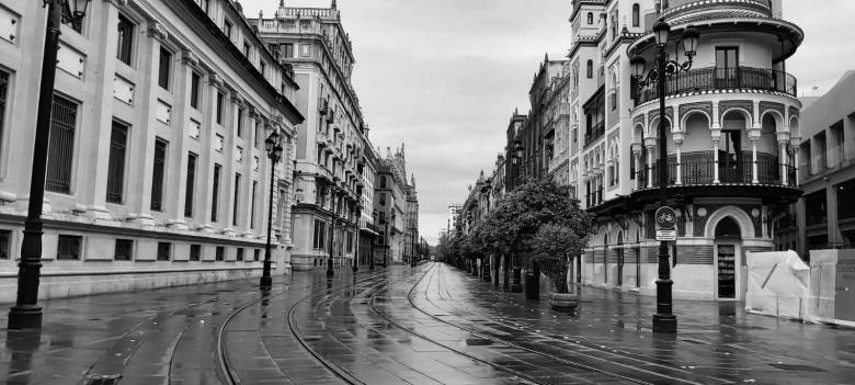 Avenida Constitucion