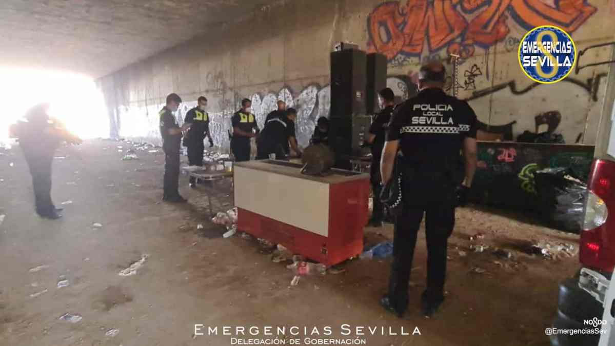 Intervención de la policía en el Cortijo del Cuarto / ES