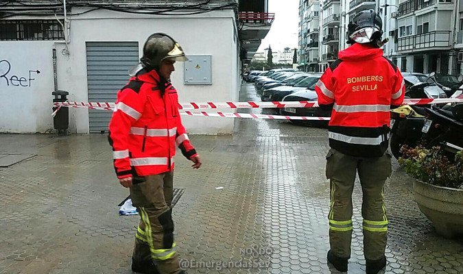 Los bomberos han atendido más de medio centenar de incidencias por las lluvias.