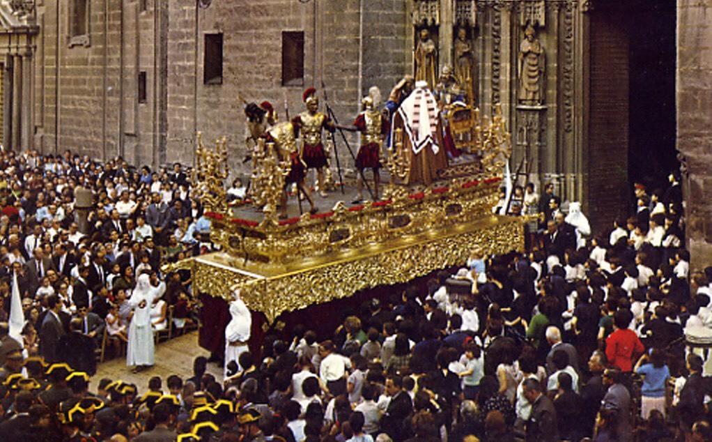 Martes Santo en Sevilla, 1965