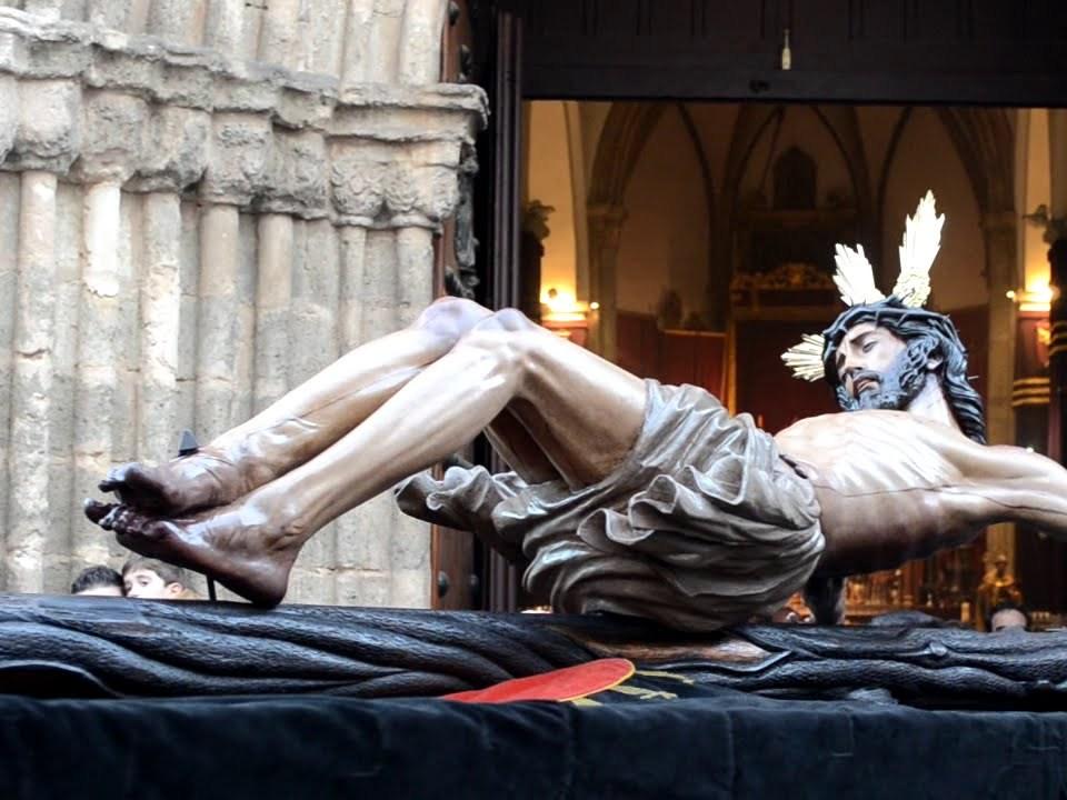 Cristo de la Buena Muerte de la Hiniesta en su viacrucis