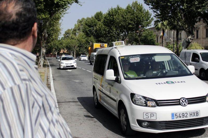 Foro Taxi Libre pide la implantación de una plataforma tecnológica que gestione la flota.