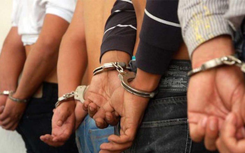 Los detenidos son conocidos prestamistas del barrio de Los Carteros