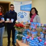 La Policía Local entrega juguetes a la Obra Social de San Juan de Dios para los hijos de las familias que atienden