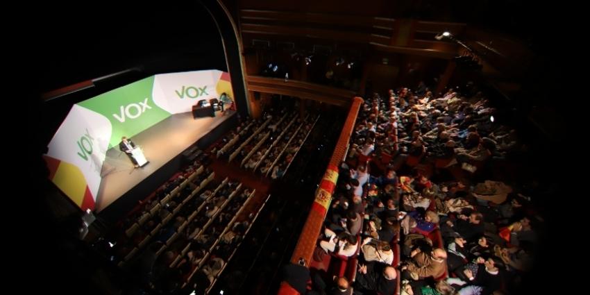 VOX ha celebrado este sábado un acto multitudinario en Madrid después de celebrar su Asamblea General Ordinaria. Un acontecimiento que ha desbordado el Teatro La Latina.