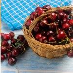 Un sencillo truco para quitar el hueso a las cerezas