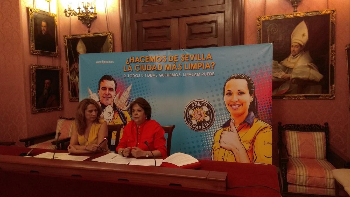 Carmen Castreño y Virginia Pividal en el acto de presentación